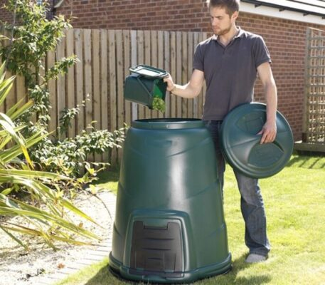 How Does a Compost Bin Work